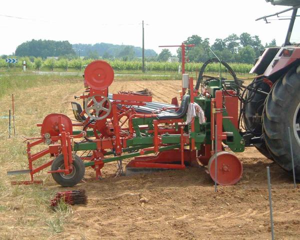 machine-plantation-vigne
